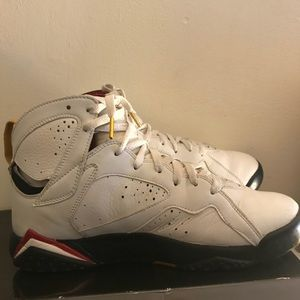 Jordan Shoes - Retro Jordan cardinal 7.
